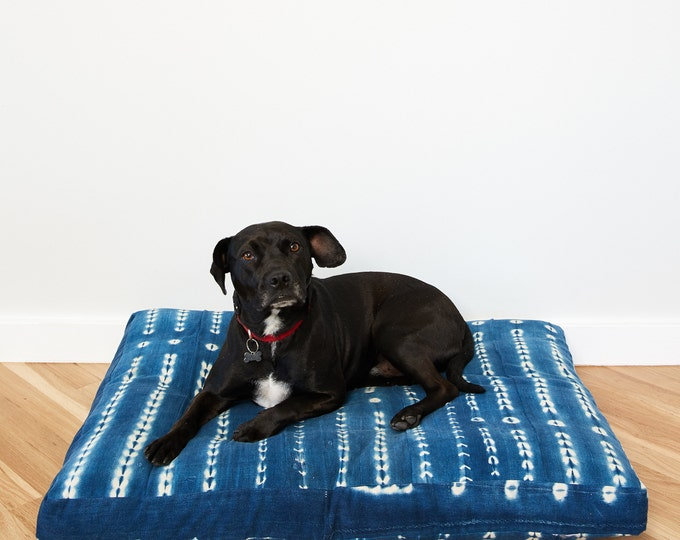 Indigo Shibori Pet Bed // Large