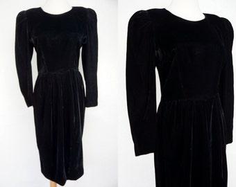 Black Velvet Wiggle Dress Long Sleeve Tulip Skirt Fitted Small Medium 80s Dress