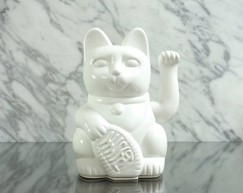 Maneki Neko / Lucky Cat / Waving Cat  – White gloss