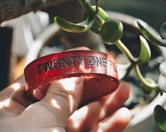Handmade bracelet — Twenty One Pilots   leather  Laser engraving    Free shipping  Free shipping