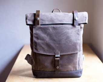 Backpack No.1 in Brown waxed canvas