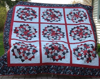 Red, Black and White Dresden Quilt
