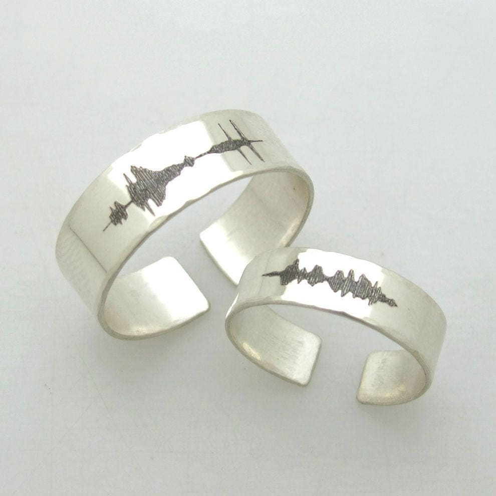 Sound Wave Couple Rings Set His And Her Personalized Custom Waveform