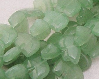 Six Green Aventurine Zuni Style Fetish Bears Large Pastel Light Lime Sage Moss Celadon Southwestern Totem Animal Protection Stone Gemstone