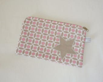 Flat clutch with applique star pattern, pink and beige