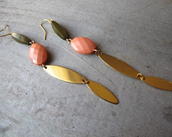 Gold Charm Earrings, Limited Edition Line, Peach and Khaki Beaded Dangles, 80s Gold Preppie Earrings, Long Bead and Gold Earrings