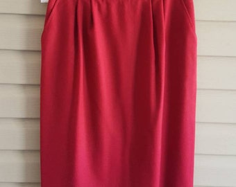 Vintage 80's Evan Picone women's size 14 fully lined red wool fitted straight pencil skirt - 1980's