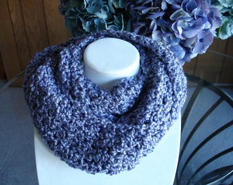 Light Purple Cowl Scarf, Infinity Scarf, Crocheted Scarf, Winter Scarf