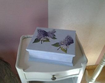 Lilac purple jewelry box