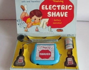 1957 Just Like Dad Electric Shave Battery Operated Shaver 50s Toys My Merry Electric Shave Toy Razor After shave talc Barber shop Decor
