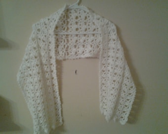 hand crocheted lacy shawl/wrap