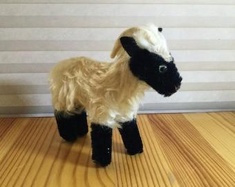 Vintage Steiff Mohair Mountain Goat Snucki