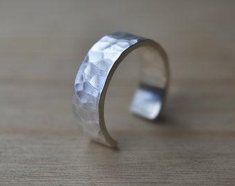 Adjustable Rings