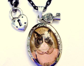 SALE, Lady Puss,Kitty Portrait, Locket Necklace, Dressed Kitty, Cameo Locket, Vintage Style, Victorian Locket,Edwardian Fantasy, OOAK