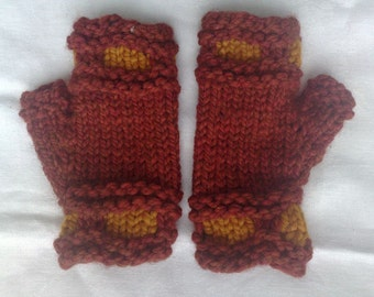 Fingerless gloves. Terracotta and butterscotch color  super bulky lamb's wool. Unique winter hand warmers. Hand knit.  Ready to ship