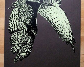 """Great Horned Owl in Flight (Yellow) - 16 X 20"""" two-color screenprint, Edition of 30"""