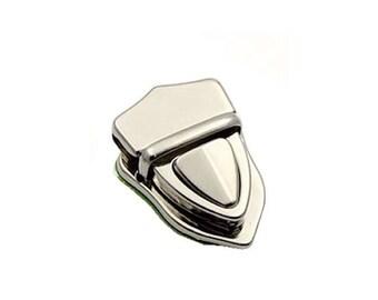Portfolio with button closure in 3 parts 4x3cm silver tone heart shape