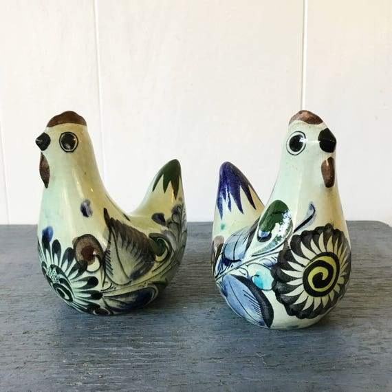 vintage Mexican pottery birds - ceramic chicken figurines - folk art - southwest boho - Set of 2