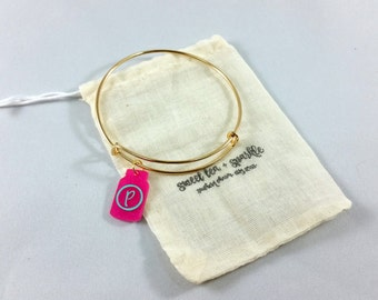 Sparkle Mason Jar Acrylic Charm Bangle//Adjustable Wire Bangle//Stackable Bangle//Acrylic Charm//Glitter Mason Jar//Monogram Bangle//Sparkle