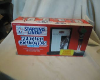 Vintage 1992 Kenner Starting Lineup Dikembe Mutombo Denver Nuggets Headline Collection Action Figure In Package, collectablE
