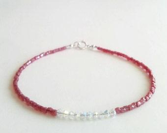 Red bead bracelet, red beaded bracelet, seed bead bracelet, red bracelet stack, beaded bracelet for women, red Christmas bracelet