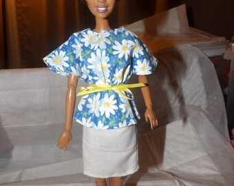 White daisy & blue floral bat wing top and white skirt for Fashion Dolls - ed649