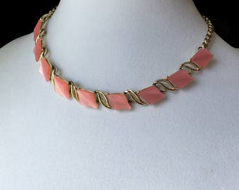 Vintage Pink Thermoset Choker, Pink Moonglow, Pink Necklace, Gold Tone 1950s, KC091