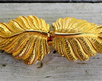 MIMI Di N Belt Buckle Leaf Design Gold Tone 1970s Vintage