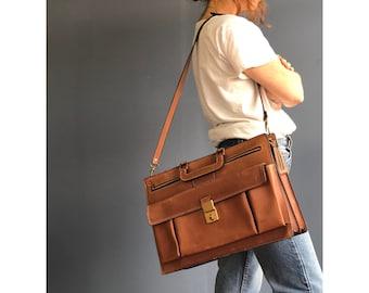 1970's Leather Attache' Messenger Bag | Briefcase