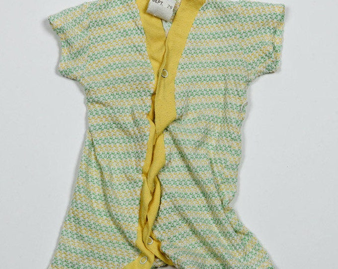 Infant 1B 1960s 1970s Vintage Green Yellow Unisex Onesie 4DD