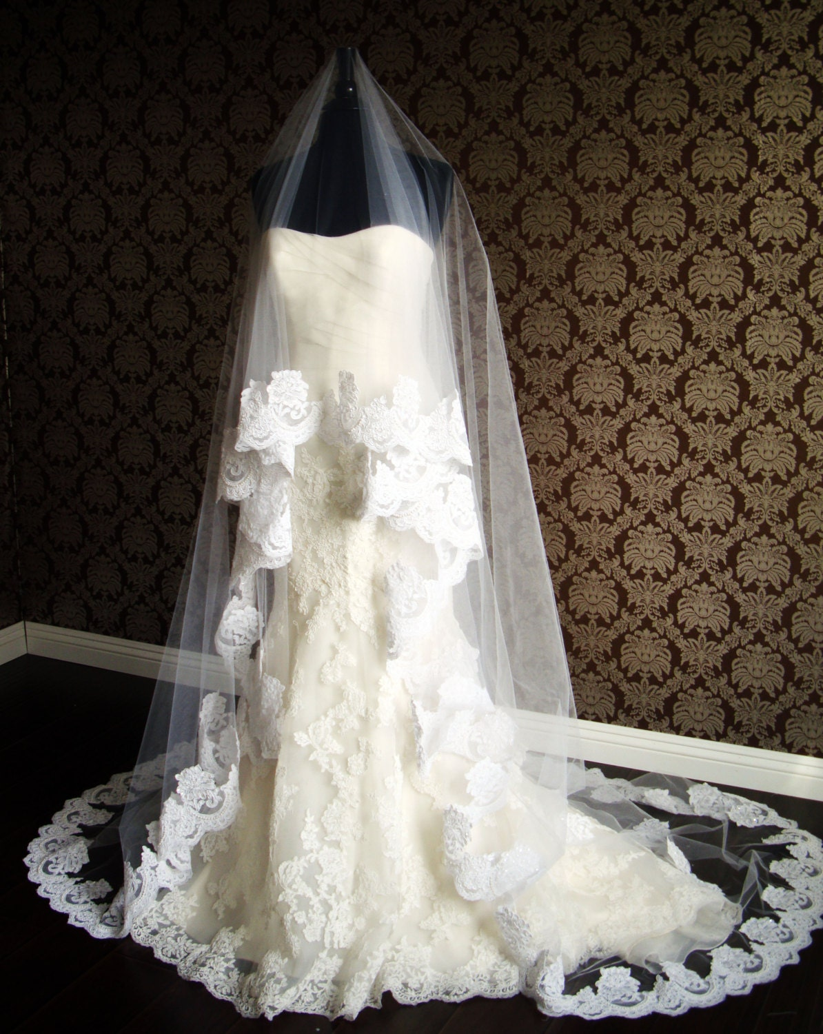 Cathedral Length Lace Circle Drop Veil Floating Veil With