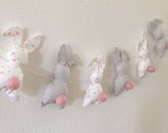 Shades white, pink bunnies Garland Almon and grey Pearl