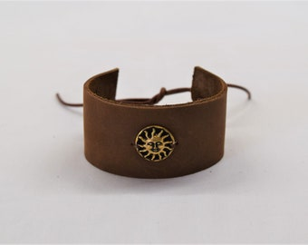 Leather band, Sun