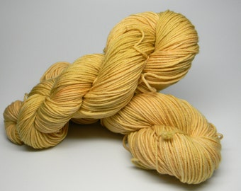 Lazy Afternoon on Boogie-Woogie Monkey DK 100% Fine Superwash Merino Wool warm sunny yellow straw sunshine tonal kettledyed