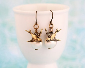 Bird Dangle Earrings - Brass Swallow Pearl Earrings - Pearl Dangle Earrings - Pearl Jewelry - Swallow Earrings - Gift For Woman