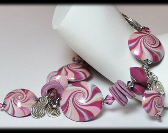 Plum Sparkle... Handmade Jewelry Bracelet Beaded Cha Cha Polymer Clay Crystal Swirl Spiral Silver Mauve Amethyst Pink Purple Smoke Gray