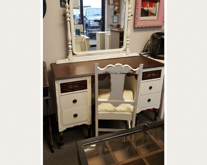PICK UP ONLY, Vintage vanity,with mirror & chair, dark stain, french, france bedroom, make up table, dressing table, shabby chic, country