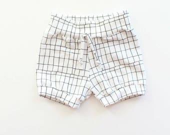 Grid Cuff Shorts //Kids Shorts // 0-6T // Unisex // Kids Clothes // Boys Shorts // Girls Shorts // Monochrome // Summer // Babies and Kids