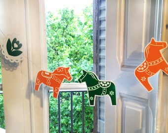Swedish  DALA HORSE paper garland