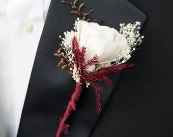 Red Velvet Cake Sola Flower Boutonniere// Wood Flower Boutonierre