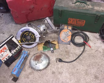 Vintage skilsaw 825 with box and more.