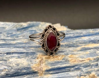 Ruby Ring // 925 Sterling Silver // Marquis Bali Setting // Faceted Ruby Ring // Size 9