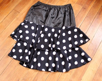 vintage 1980s skirt . black & white polka dot tiered party skirt, drop waist look . womens size large