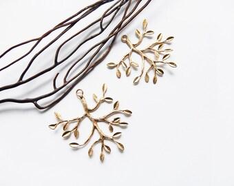 Tree branch pendant matte gold 40 mm
