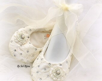 Ivory Wedding Ballet Shoes with Crystals, Ballet Slippers with Crystals, Ivory Ballet Flats, Flats with Ribbons, Elegant Bridal Shoes