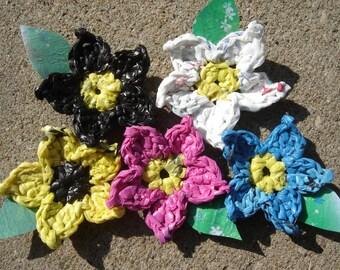 Plarn Flower Power Magnet
