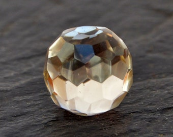 Rock Crystal Sphere Stone (13mm x 13m x 13mm) - Quartz Crystal - Natural Gemstone
