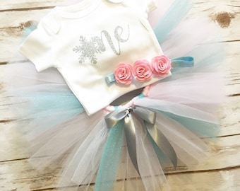 Snowflake First Birthday Outfit Girl - Winter First Birthday Outfit - Winter Wonderland - Winter Onderland - Cake Smash Outfit - Tutu
