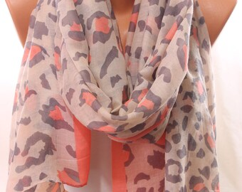 Leopard Animal Print Spring Summer Trending Scarf Infinity Scarf Women's Accessories Spring Celebrations Holidays Fashion Gift Ideas For Her