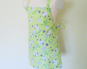 Childrens Apron - Minty Green Kids Apron covered with Pretty Purple Owls Fluttering all over.... sweet spring cooking apron